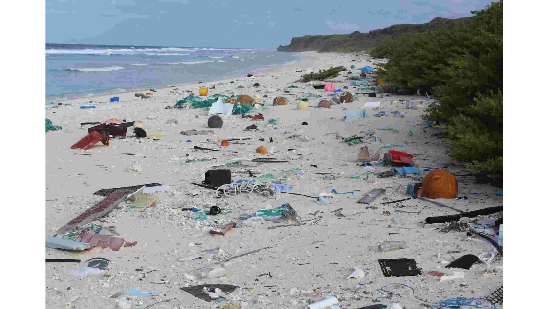 Zašto reciklaža neće rešiti problem zagađenja plastikom